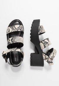 Madden Girl - CARTERR - Sandály na platformě - natural/multicolor - 3
