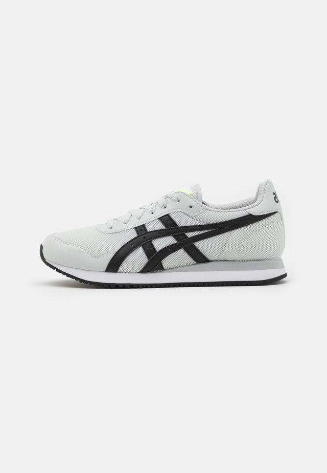 TIGER RUNNER - Zapatillas - glacier grey/black