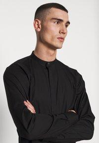 Tigha - OLE STRETCH - Overhemd - black - 3