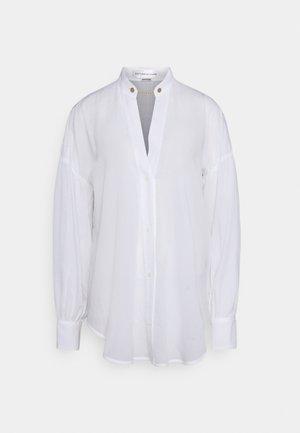 V NECK GATHERED SLEEVE - Blouse - white