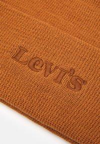 Levi's® - MODERN VINTAGE LOGO BEANIE UNISEX - Beanie - brown - 2