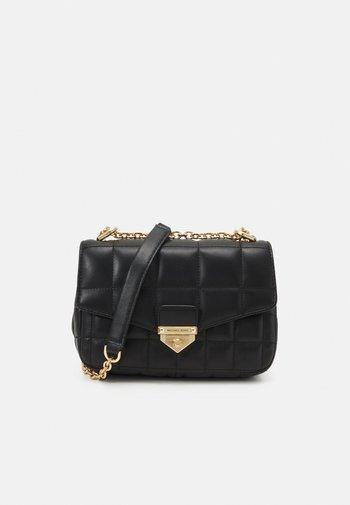 SOHO FRMEOUT - Across body bag - black