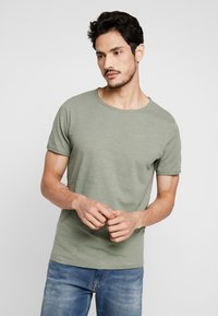 Selected Homme - SLHMORGAN NECK TEE - Basic T-shirt - sea spray - 0