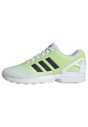 ZX FLUX SHOES - Trainers - white