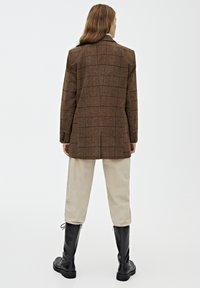 PULL&BEAR - Manteau court - brown - 2