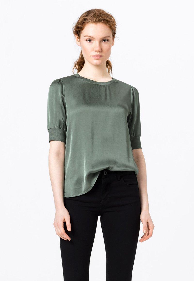 HALLHUBER - Print T-shirt - seegrün