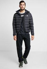adidas Performance - ITAVIC STRIPES - Vinterjacka - black - 1