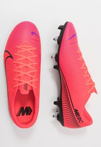 Nike Performance - VAPOR 13 ACADEMY SG-PRO AC - Screw-in stud football boots - laser crimson/black - 1