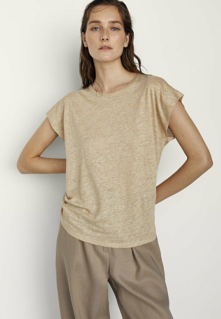 Massimo Dutti - MIT RUNDHALSKRAGEN  - Basic T-shirt - beige
