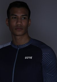 Gore Wear - TRIKOT - T-Shirt print - marine blue/white - 3
