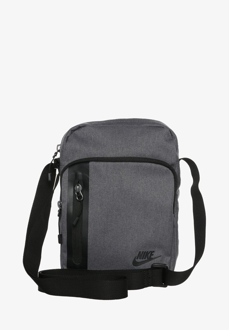 Instalaciones instante fósil  Nike Sportswear CORE SMALL ITEMS 3.0 - Across body bag - dark grey/black/dark  grey - Zalando.co.uk