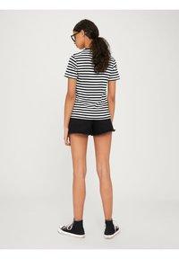 EDITED - LEILA - Print T-shirt - offwhite - 2