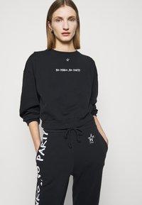 Pinko - Sweatshirt - black - 4