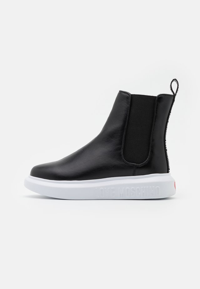 RUNNING - Bottines à plateau - black