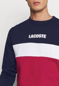 Lacoste - Sweatshirt - marine/rouge - 5