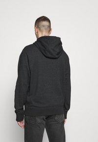 Nike Sportswear - HOODIE - Bluza z kapturem - black/smoke grey - 2