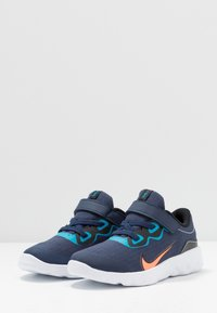 Nike Sportswear - EXPLORE STRADA - Sneakers laag - midnight navy/lemon/black/anthracite - 3