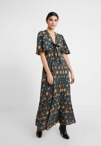 Three Floor - MISAMIS DRESS - Vestido largo - azure blue/gold - 0