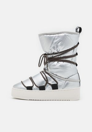 RIVER - Winter boots - silver