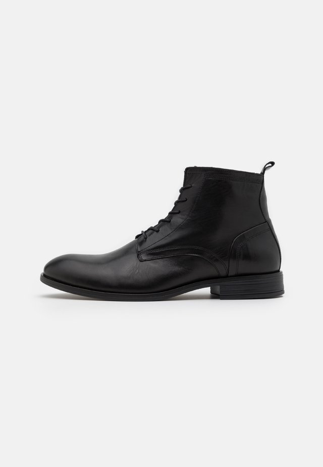 LACE UP BOOT - Nauhalliset nilkkurit - black