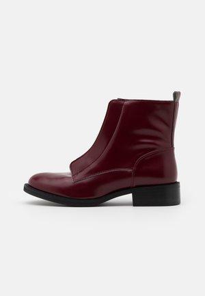 ZIP ME VEGAN - Classic ankle boots - bordeaux