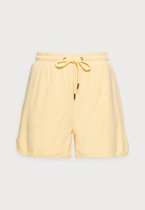 TERISA MERLA - Shorts - pale banana