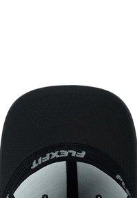 Flexfit - COMBED - Cap - black - 3