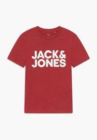 Jack & Jones Junior - JJECORP LOGO TEE CREW NECK - Print T-shirt - rio red - 0