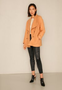 jeeij - Short coat - apricot - 1
