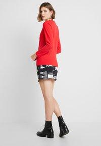Calvin Klein Jeans - LOGO STRETCH SLIM - Top sdlouhým rukávem - racing red - 2