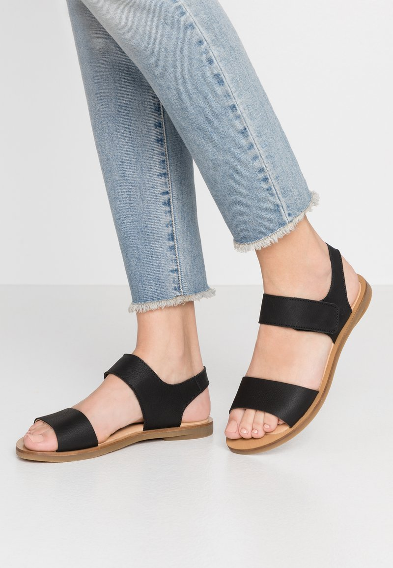 El Naturalista - TULIP - Sandals - black