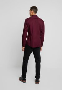 Esprit - Businesshemd - bordeaux red - 2