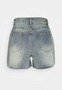 Missguided Tall - RIOT RAW HIGHWAISTED MOM  - Shorts di jeans - blue - 1