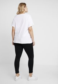 Vero Moda Curve - Slim fit jeans - black - 2