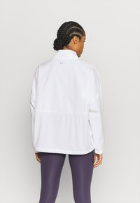 Nike Performance - Training jacket - white/metallic silver - 2