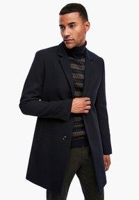 s.Oliver BLACK LABEL - IM CLASSIC SHAPE - Short coat - dark blue melange - 0