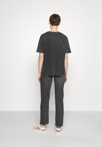 BDG Urban Outfitters - ETERNAL MOON TEE - Print T-shirt - washed grey - 2