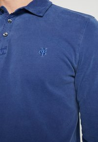 Marc O'Polo - LONG SLEEVE - Polo shirt - navy peony - 5