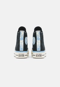 Converse - CHUCK TAYLOR ALL STAR FLORAL FUSION PATCH PLATFORM - High-top trainers - black/blue/egret - 3