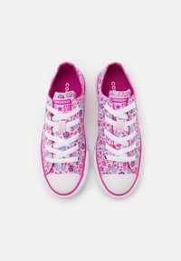 Converse - CHUCK TAYLOR ALL STAR FLORAL - Trainers - pink/active fuchsia/white - 3