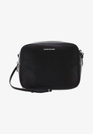 PASSENGER - Across body bag - black