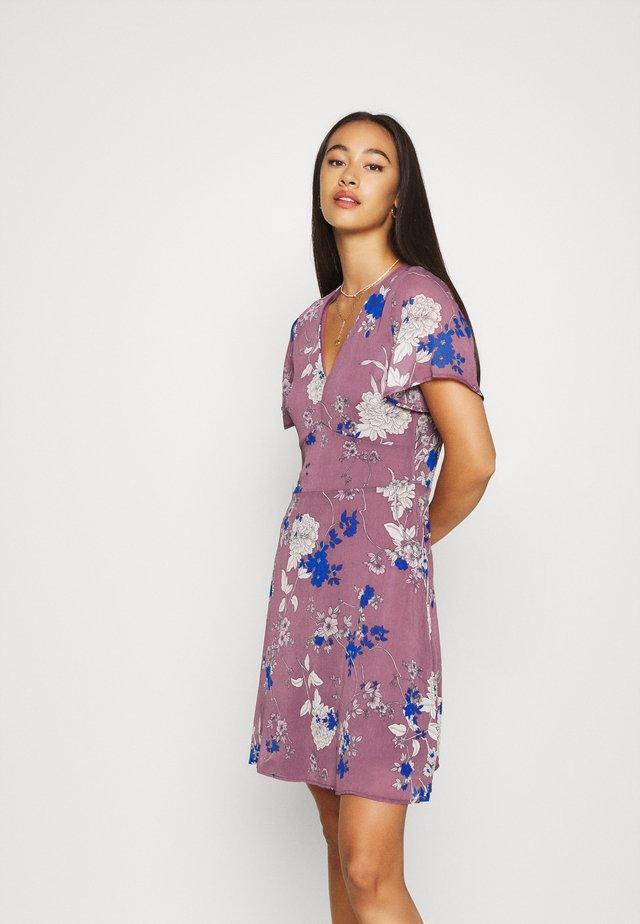 VMKATINKA SHORT DRESS - Vestido informal - rose brown/katinka
