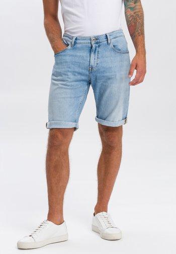 LEOM - Denim shorts - sky blue washed