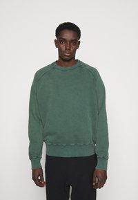 oftt - HEAVYWEIGHT RAGLAN - Sweatshirt - green - 0