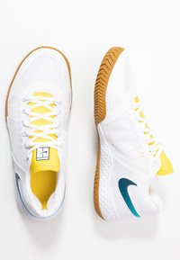 Nike Performance - COURT FLARE  - Clay court tennis shoes - white/valerian blue/oracle aqua - 1