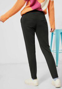 Street One - LOOSE FIT - Trousers - black - 2