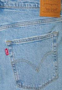 Levi's® Plus - DECONSTRUCTED SKIRT - Miniskjørt - light blue denim - 4