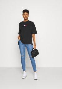 Pieces - PCMIDFIVE - Jeans Skinny Fit - light blue denim - 1