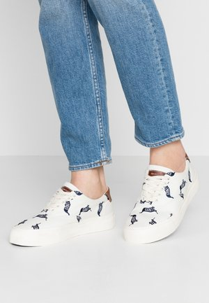 LONG BEACH - Sneakers laag - white
