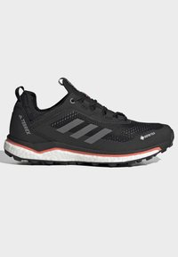 adidas Performance - TERREX AGRAVIC GORE-TEX BOOST TRAIL RUNNING - Løpesko for mark - black - 5